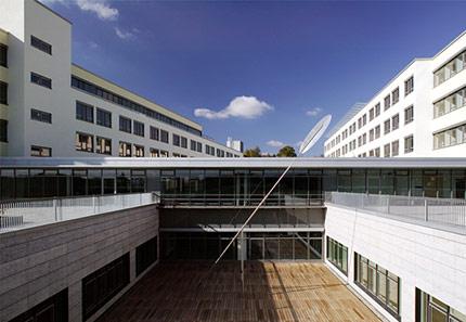 Universit tskliniken schuster pechtold schmidt for Hotel wurzburg zentrum